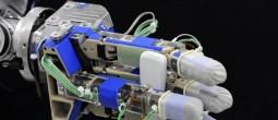 Istraživači su programirali robotsku ruku, odnosno 'robota majku', koja samostalno kreira svoje 'dijete' [EPA - Ilustracija]